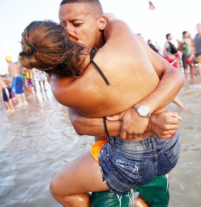 Sex ở World Cup: Brazil 'mở cửa tự do', Anh vừa cấm, vừa lo