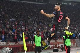 Giroud lập siêu phẩm, Arsenal bỏ túi 3 điểm ở sân chơi số 2 châu Âu