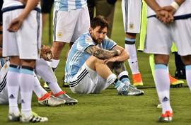Chưa tới World Cup, Messi đã nói về chuyện từ giã ĐT Argentina