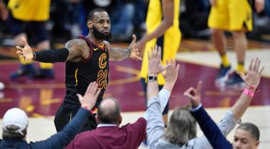 Cleveland Cavaliers: Khi khó thì có Lebron
