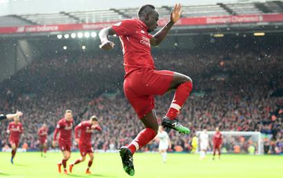 Liverpool - Burnley: Quyết tâm bám đuổi